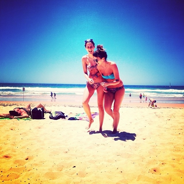 Manly beach Girls Sunshine