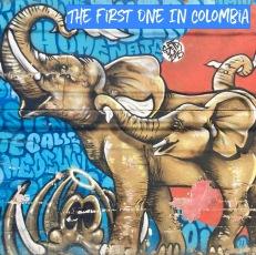 Comuno 13 Elephants street art